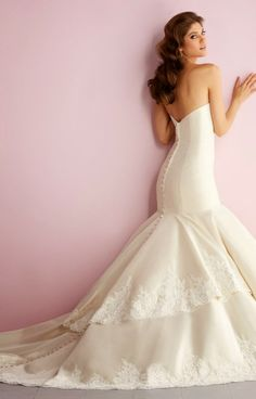 Allure Romance Spring 2014 Bridal Collection | bellethemagazine.com