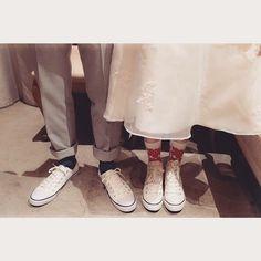 DRESS × SOCKS × SNEAKERS  #blancchouette #socks #sneakers #スニーカー #コンバース #二次会 #二次会ドレス #ミモレ丈 #靴下 #wedding #weddingidea #weddingshoes #おそろい #ミニドレス #プレ花嫁 #コーディネート #タキシード #ドレスショップ #cute