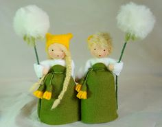"""dandelions - These are so adorable! I want to make them for the girls. They can't pass a dandelion without picking them or making wishes on the """"blowies""""."""