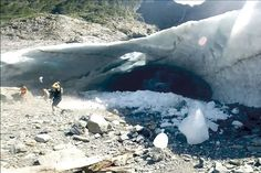 Rescuers at ice caves after another reported collapse