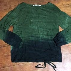 37753ca36588b Pre-Owned Women s Michael Stars Tie Dye Blouse Size Small Fall