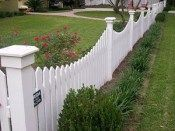 3 Harmonious Tips AND Tricks: Modern Fence Entrance high picket fence.Vinyl Fence Decorations front yard fencing with lights. Backyard Fences, Garden Fencing, Fenced In Yard, Front Yard Landscaping, Landscaping Ideas, Farm Fencing, Dog Fence, Backyard Ideas, Garden Ideas