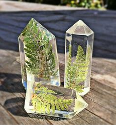 resin nature jewelry - giessharz - Home Epoxy Diy Resin Crafts, Diy And Crafts, Arts And Crafts, Diy Schmuck, Schmuck Design, Diy Jewelry For Beginners, Resin Casting, Crystals And Gemstones, Diy Resin Crystals