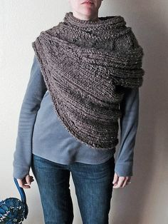 Ravelry: The Seam - District 12 Cowl pattern by Dahlia in Bloom