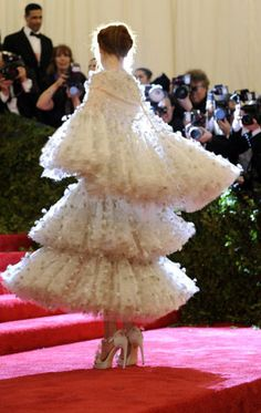Moda Operandi Takes Straight from the Runway to the Red Carpet - Florence Welch at the Met Gala 2012