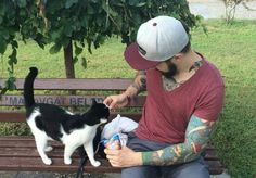 Feeding strays in Side #side #cat #tattoo