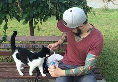 Feeding strays in Side #side #cat #tattoo