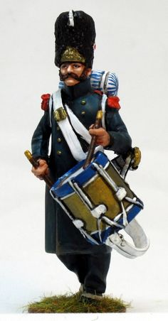 NP 233 Imperial guard grenadiers drummer waterloo Lead Soldiers, Toy Soldiers, Plastic Soldier, French Army, Napoleonic Wars, Troops, Military Uniforms, Period, Model