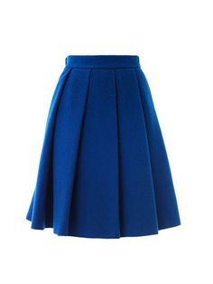 J. W. Anderson gives a classic pleated silhouette a modern edge with this bold blue skirt. Cut from a sumptuous wool-blend, this piece is perfect for the winter months.