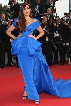Sonam Kapoor | 31 Flawless Celebs Dressed To Kill At Cannes