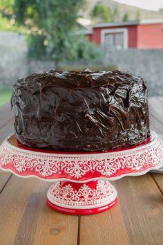 Torta Húmeda de Chocolate | Mi Vida en un Dulce Choco Moist Cake, Moist Cakes, Chocolate Cookies, Chocolate Desserts, Torta Chocolate, Baking Recipes, Dessert Recipes, Dulce Candy, Choco Chips