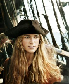 Yo, ho, haul together Elizabeth Swann, Johnny D, Shield Maiden, Captain Jack Sparrow, Pirate Life, Keira Knightley, Pirates Of The Caribbean, Cute Woman, Disney Love