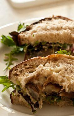 portabello mushroom sandwiches