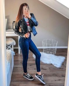 129 fashion teenage ideas to look cool and fashionable n - page 44 > homemytri. - Outfits for school - Casual School Outfits, Cute Teen Outfits, Teenage Outfits, Teen Fashion Outfits, College Outfits, Outfits For Teens, Stylish Outfits, Fall Outfits, Cute Outfits For Dates