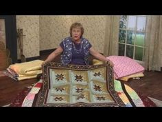 Jelly Rolls and Layer Cakes are perfect for a scrappy quilt. Quilting Blogs, Quilting Tutorials, Star Quilt Patterns, Star Quilts, Patchwork Tutorial, Patchwork Ideas, Missouri Quilt, Quilt In A Day, Patriotic Quilts