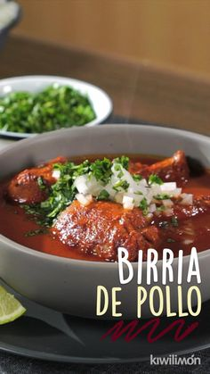 Chile Guajillo, Cilantro, Chili, Quick Recipes, Soup, Mexican Food Recipes, Food Porn, Easy Meals, Barbacoa