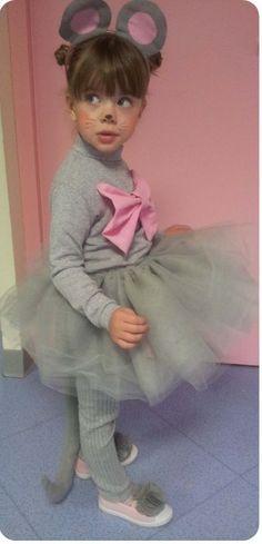 DIY comment déguiser sa petite fille en souris. Bien expliqué cela semble simple comme bonjour
