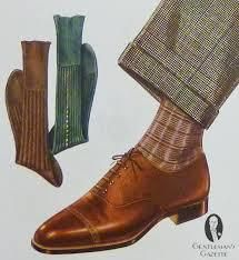 Brown socks that are a shade darker than the shoes can make for an elegant combination! Courtesy of Gentleman's Gazette