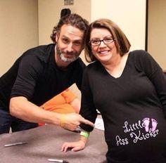 Andrew Lincoln et une femme enceinte d'une Little Ass Kicker ! [Photo du jour]