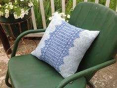 Mesa pillow - free pattern on CEY Weekly Web-letter