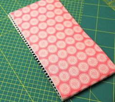 Tasche nähen in 10 Minuten Coin Purse Tutorial, Boss Me, Scrappy Quilts, Fabric Crafts, Diy And Crafts, Blog, Creations, Notebook, Handmade