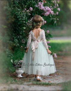 tulle flower girl dress, rustic lace flower girl dresses, long sleeve flower girl dresses, boho flower girl dress, ivory flower girl dress - - Source by Flower Girl Dresses Boho, Tulle Flower Girl, Tulle Flowers, Bohemian Wedding Dresses, Girls Dresses, Gown Wedding, Fall Wedding, Wedding Venues, Wedding Flowers