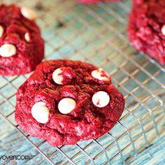 Red Velvet Gooey Butter Cookies - www.bunsinmyoven.com/2013/01/29/red-velvet-gooey-butter-cookies/