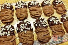 Chocolate biscuit with almonds - kekes Best Christmas Cookies, Holiday Cookies, Christmas Baking, Biscuit Decoration, Desserts With Biscuits, Czech Recipes, Chocolate Biscuits, Pastry Cake, Yummy Cookies