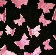 Check out this item in my Etsy shop https://www.etsy.com/listing/274204804/24-edible-butterflybutterflies-any-color