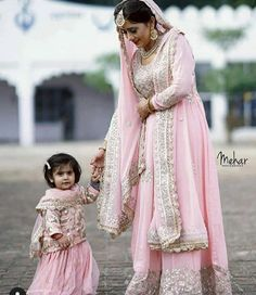 15 Adorable Photos of Kids Coordinating Outfits with the Bride & Groom Mom Daughter Matching Dresses, Mom And Baby Dresses, Dresses Kids Girl, Kids Outfits, Pakistani Bridal Dresses, Indian Dresses, Stylish Dresses, Fashion Dresses, Mother Daughter Fashion