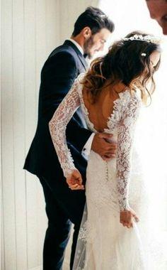 Look like the dress rhat i want. Long sleeve lace.
