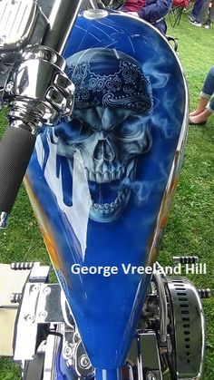 A beautiful Harley-Davidson at the 2018 Culver City Car Show. By, George Vreeland Hill City Car, Harley Davidson Motorcycles, Car Show, Custom Paint, Airbrush Art, Tanks, Beautiful, Orange, Black