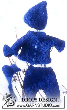 Ravelry: Doll's outfit pattern by DROPS design Knitting Dolls Free Patterns, Knitted Dolls Free, Knitting Dolls Clothes, Ag Doll Clothes, Crochet Doll Clothes, Doll Clothes Patterns, Doll Patterns, Free Knitting, Clothing Patterns