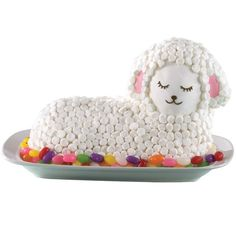 Fluffy Marshmallow Lamb Cake. Have the mold for this and tried making it. Did not look like this.