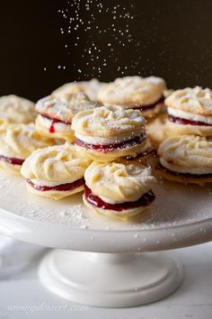 Viennese Whirls Mary Berry& Viennese Whirls & enjoy these delicious, tender melt-in-your-mouth butter cookies slathered with raspberry jam and a light vanilla buttercream filling. The post Viennese Whirls appeared first on Belle Ouellette. Tea Cakes, Holiday Baking, Christmas Baking, Christmas Christmas, Mary Berry Christmas, Christmas Ideas, Xmas, Mary Berry Viennese Whirls, Just Desserts