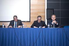 Da esquerda para a direita: Embaixador António Manuel de Mendonça Martins da Cruz, Prof. Doutor Carlos César Lima da Silva Motta e Prof. Doutor José Francisco Lynce Zagalo Pavia. (Fotografia de Jorge Carvalho, 2015)