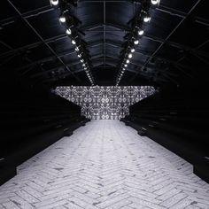 Viktor & Rolf Autumn Winter 2013 scenography by Studio Job