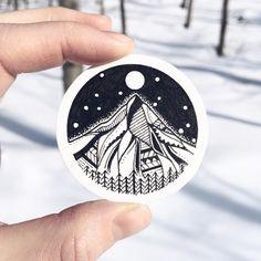"848 curtidas, 9 comentários - Wolf + Bear (@wolfandbear.co) no Instagram: ""Winter sun creates such a magical light - glittering snow powder, long blue shadows of aspen trees,…"""