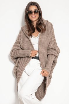 Cardigan alpaca cu gluga fara inchidere asimetric maro Cardigan Outfits, Elegant, Sweaters, Products, Fashion, Tricot, Classy, Moda, Fashion Styles