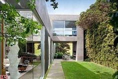 Simpsons Writer Selling Marmol Radziner House in Venice   Curbed LA