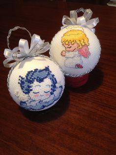 Palline per albero di natale ricamate a punto croce, angeli - cross stitch, Christmas decorations, Angels - boules de noël, point de croix, anges