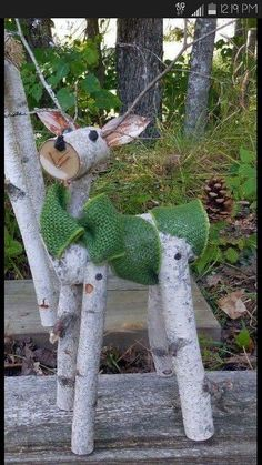 26 Best Christmas Porch Decoration Ideas that can help in making your front porch looks good - Diy & Decor Selections Outdoor Christmas, Country Christmas, Winter Christmas, Christmas Ornaments, Christmas Deer, Primitive Christmas, Christmas Design, Christmas Projects, Holiday Crafts