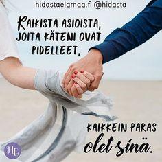 Kenelle sinä sanoisit nämä sanat? Lähetä hänelle terveiset kommenteissa ❤️ #sinä #sinäihana #parasta #käsissä #käsikädessä #kumppani #rakas #ystävä #elämänivalo #yhdessä