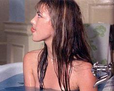 """ultra-visions: """"Jane Birkin in La Course À L'Échalote """" Gainsbourg Birkin, Serge Gainsbourg, Charlotte Gainsbourg, Jane Birkin, Des Femmes D Gitanes, Haha, Natalie Off Duty, Mode Blog, 1975"""