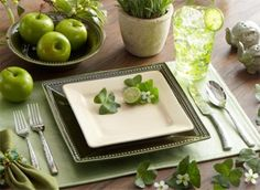 Green Place Setting Sets the Scene