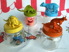 Upcycle Your Life: I tried it! Upcycled Baby Food Jars with Painted Animal Lids Plastic Animal Crafts, Plastic Animals, Plastic Dinosaurs, Baby Jars, Baby Food Jars, Christmas Party Favors, Kid Party Favors, Cute Crafts, Crafts For Kids