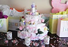 Unique Baby Shower Gifts Ideas – Baby Clothes and Design Baby Shower Gifts For Guests, Baby Shower Gift Basket, Baby Shower Presents, Unique Baby Shower Gifts, Gifts For Pregnant Wife, Trendy Baby Boy Names, Baby Bump Cakes, Baby Shower Images, Baby Food Containers