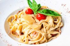 Nema do tjestenine: Tagliatelle s pancetom i parmezanom Spaghetti, Ethnic Recipes, Food, Essen, Yemek, Spaghetti Noodles, Meals