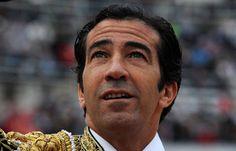 CARTELES En su 30 aniversario de alternativa Juan Mora vuelve a Cáceres por San Fernando - Mundotoro.com #toros #cartel