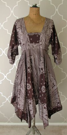 vintage 1970's brown and white HANDKERCHIEF print boho gypsy dress.